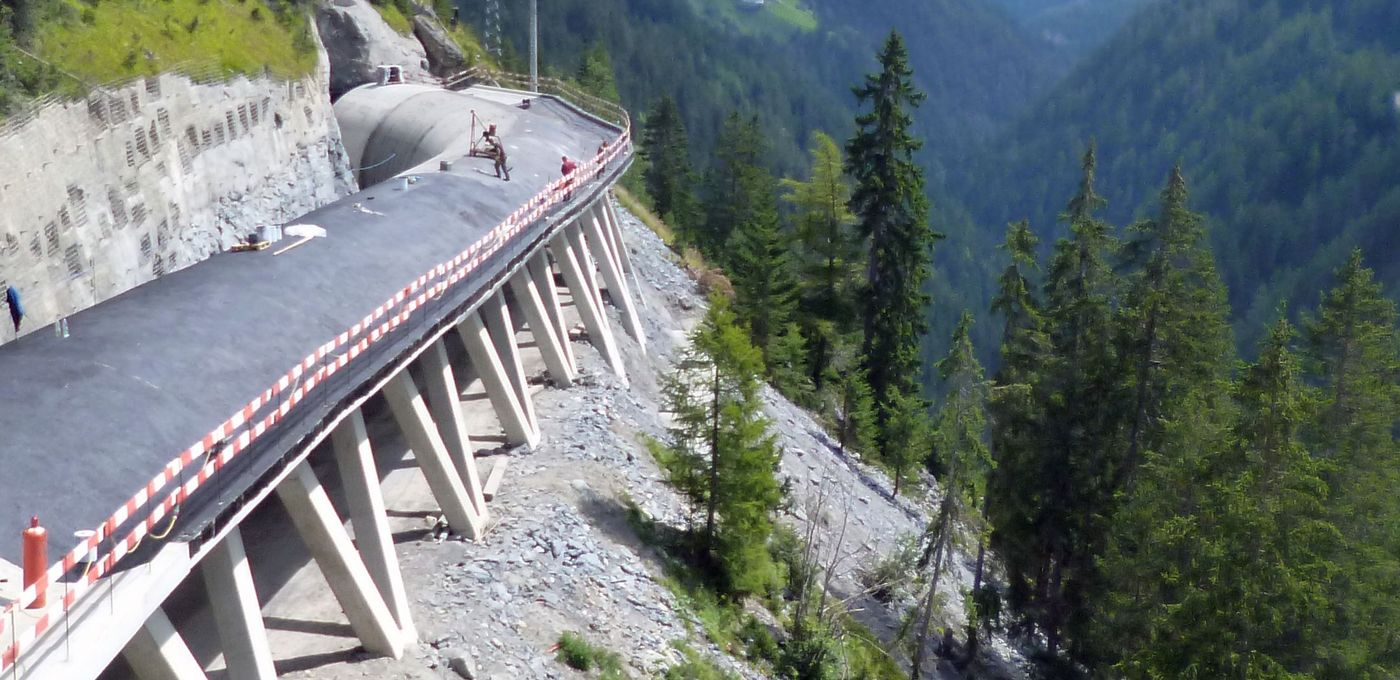 Photo: Celleswald avalanche gallery: Carcass construction on the steep slope